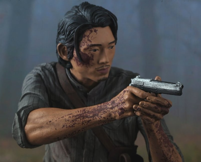 WALKING DEAD - 10 INCH BLOODY GLENN RHEE